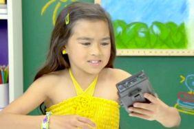 Kids React to Walkmans v01